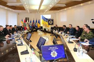 Украина и Канада подписали соглашение о военной подготовке