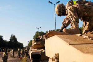 В Бельгию прибыла первая бронетанковая бригада США