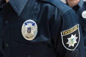 В Киеве задержали мужчину, который пытался обокрасть автомобиль