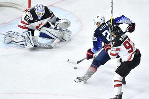 """Американцы обыграли канадцев в матче за """"бронзу"""" чемпионата мира по хоккею"""