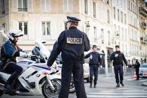 Неизвестные в масках открыли огонь из автоматов в Марселе