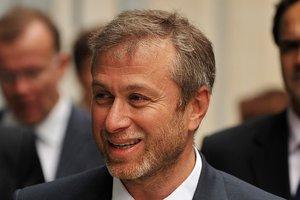В Британии объяснили, почему не дали визу российскому олигарху Абрамовичу