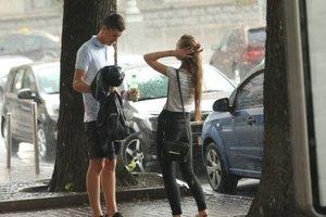 В Украине сегодня будет тепло, но с грозой: где пройдут дожди