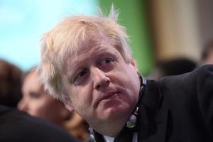 Великобритания настаивает на ужесточении санкций против состоятельных россиян