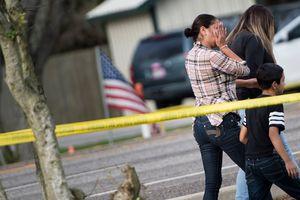 Во Флориде неизвестный забаррикадировался в доме и устроил перестрелку с полицией