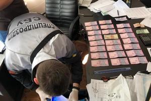 В Николаеве недавно назначенный чиновник вымогал у бизнесменов 300 тысяч