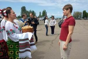 Президент Эстонии прибыла на Донбасс: опубликованы фото