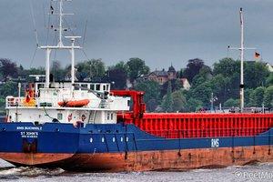 Обострение в Азовском море: военные РФ остановили два судна возле Бердянска