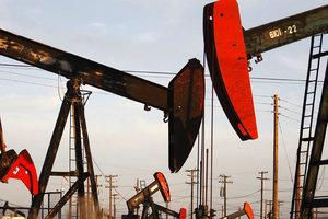 """""""Нереальная цена"""": эксперт рассказал, чего ждать от нефти и бензина"""