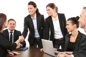 Внешний дозор: стоит ли впускать в бизнес чужих людей