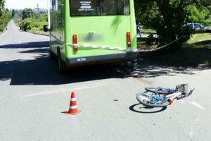 На Донбассе автобус насмерть сбил ребенка