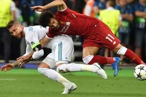 Сотни тысяч людей подписали петицию к УЕФА и ФИФА с призывом наказать Серхио Рамоса