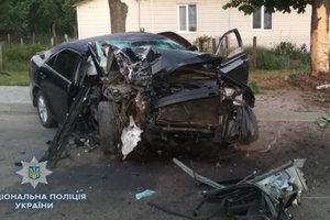 Смертельное ДТП в Ровенской области: автомобиль на скорости протаранил дерево