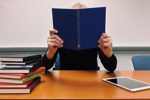 Дискриминация по признаку наличия диплома