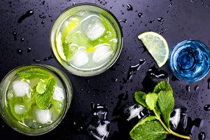 Шесть забавных вещей, которые вы можете приготовить в формочках для льда этим летом