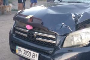 Смертельное ДТП в Одессе: автомобиль сбил женщину с ребенком