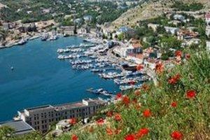 В МинВОТ рассказали, сколько крымчан ежегодно покидают полуостров