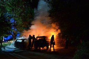 В Ровно сожгли автомобиль известного волонтера