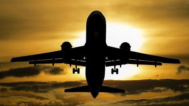 «ФАКТЫ»: США ввели санкции против украинской авиакомпании