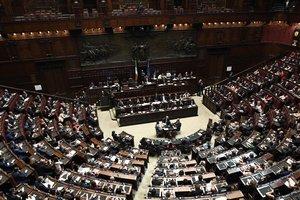 Правительство Италии получило вотум доверия в обеих палатах парламента