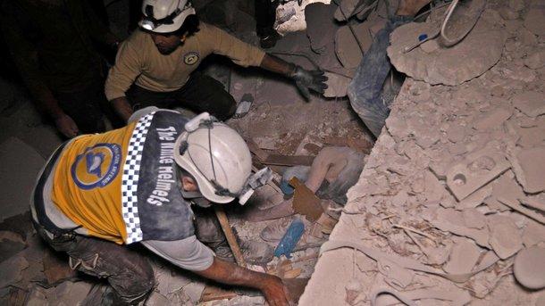 Защитники прав человека: авиацияРФ нанесла удар поИдлибу, неменее 40 жертв