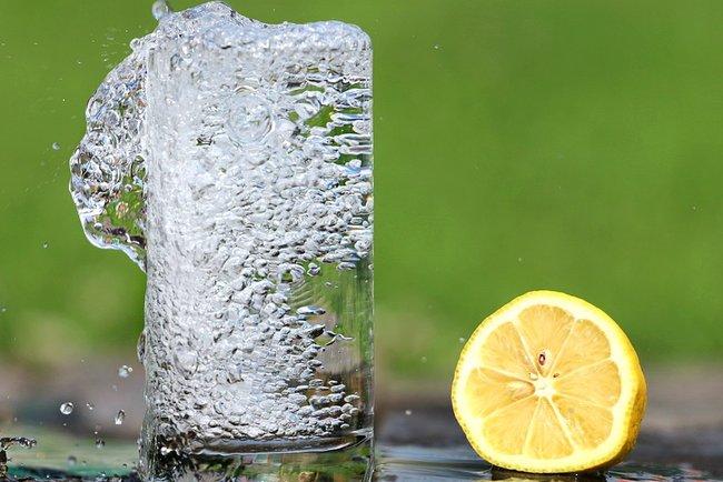 Ученые добыли воду из воздуха. Фото: Pixabay