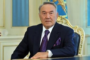Назарбаев предложил проложить железную магистральот Шанхая до Берлина