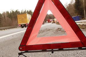 В Полтавской области столкнулись ВАЗ и грузовик: шесть человек пострадали