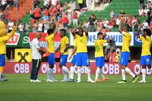 Бразилия разгромила Австрию в спарринге, Неймар вышел на третье место в списке бомбардиров сборной