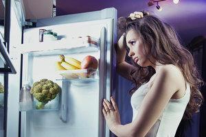Что можно съесть перед сном без риска навредить фигуре