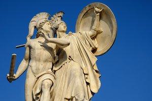 Деспот, геній, тиран – 5 книг про те, як виховати героя