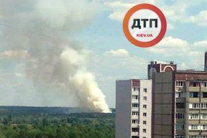 В Киеве горит Дарницкое лесопарковое хозяйство