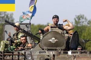 Военные на Донбассе получают 20 тысяч гривен – Порошенко