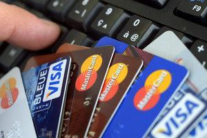 Больше половины украинцев открыли счета в банках: Смолий объяснил, почему этого недостаточно
