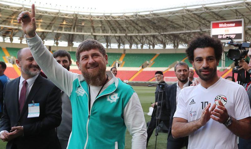 Слепакову следует извиниться перед Кадыровым занизкопробный юмор— Власти Чечни
