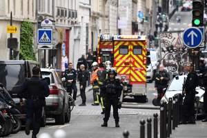 Полиция Парижа освободила облитых бензином заложников, злоумышленник арестован