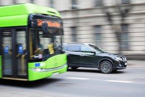В Одессе женщина выпала из троллейбуса и ударилась головой об асфальт