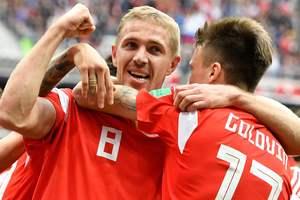 Юрий Газинский стал автором первого гола на чемпионате мира-2018
