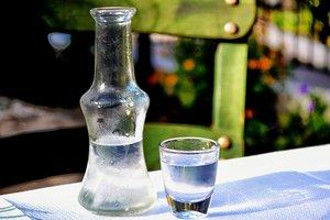 Подорожание алкоголя в Украине: сколько будут стоить самая дешевая водка и вино