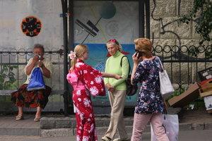 Ковбои, бич-бои и продавцы карамели: где и кем подработать летом