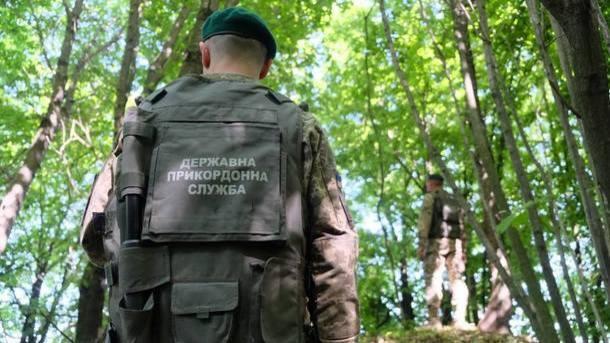 Таможенники врайоне ООС задержали украинца сгеоргиевской лентой