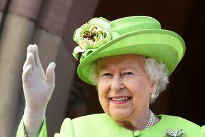 В британской королевской семье готовятся к первой в истории однополой свадьбе