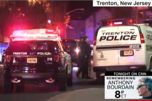 В США несколько банд устроили перестрелку на выставке: почти 20 раненых