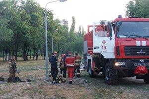 В Киеве загорелась теплотрасса, где ночевали бездомные