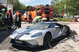 Суперкар Ford GT за 450 тысяч евро сгорел при первой поездке