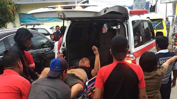 Около Индонезии затонул паром, десятки пропавших