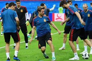 Почему сегодня болеем за Испанию: остались без тренера, но продолжают быть фаворитами