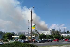 Под Киевом – масштабный пожар: пылает крыша пятиэтажки