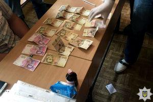 В Харькове на взятке попался преподаватель колледжа