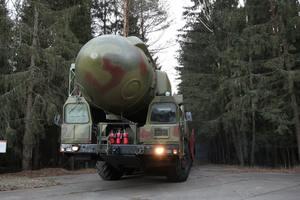 """""""Нравится это НАТО или нет, но мы должны"""": Турчинов выступил за создание стратегического оружия"""